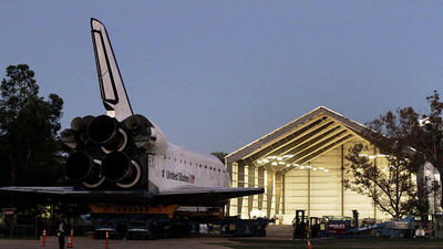 <b>Photos:</b> Space shuttle Endeavour rolls through the streets of L.A.