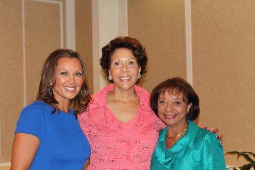 Vanessa Williams and her mom Helen Williams pose with Olivia White, executive director the Amistad Center for Art & Culture.