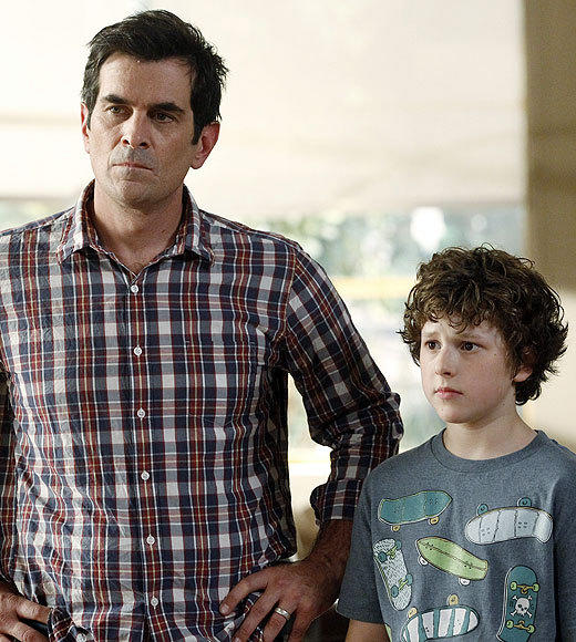 'Modern Family,' 'Revolution' and more: Premiere Week 2012's most DVR'd shows: Same-day viewers: 14,337,000 Live +7 viewers: 18,849,000 Gain: 4,412,000 Adults 18-49 gain 2.3 (tied for 1st)