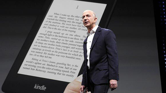 Amazon CEO Jeff Bezos unveils new Kindle reading devices during a press conference in September.(David McNew/Getty Images)
