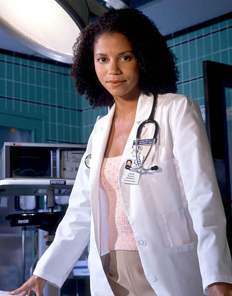 "On ""ER,"" she dealt with a shocking HIV diagnosis, dated Eriq La Salle and sang a Green Day ballad to a sick patient. Here, the woman best known to audiences as Jeanie Boulet reinvents herself with a rather different role: as Elizabeth Keckley, freed slave and confidante to Mary Todd Lincoln."