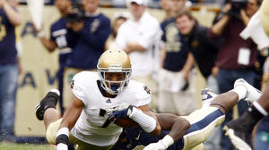 Notre Dame's TJ Jones making strides while dealing with father's death