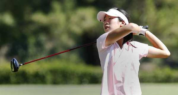 Crescenta Valley's Jocelyn Chia tees off on the third hole on the way to her Pacific League title win at Brookside Golf Course in Pasadena.