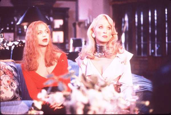 The battle between life- (and afterlife-)long enemies Helen Sharp (Goldie Hawn) and Madeline Ashton (Meryl Streep) allowed Zemeckis to push the boundaries of the then-new world of CGI effects. Hawn walked around with a gaping shotgun hole in her middle, while Streep had her neck twisted backwards. The film won an Academy Award for visual effects.