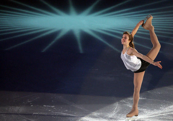 The spotlight will be on Ashley Wagner during NBC's Skate America telecast.  (AP / Koji Sasahara)