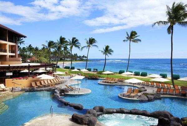 Hawaii Major Facelifts Give Starwoods Resorts The Aloha Spirit - Sheraton hawaii