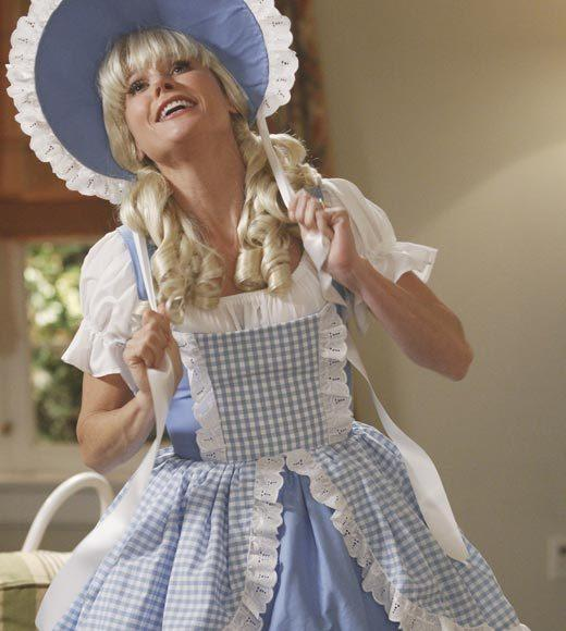 'Happy Endings' and more: Halloween on TV 2012: Claire has overdone it in Halloweens past and the neighbors definitely dont share her enthusiasm, so this year shes being forced to tone it down and keep it kid-friendly, and Phil has an idea to hold an open house on Halloween night. Meanwhile, Mitch and Cam host a costume party while contending with Lily wondering who her real mom is, and Glorias pregnancy hormones are on overdrive, making her even more hotheaded than usual.  Airs: Wednesday, Oct. 24 at 9 p.m. ET/PT on ABC.