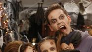 'Guys With Kids': 'Apartment Halloween'