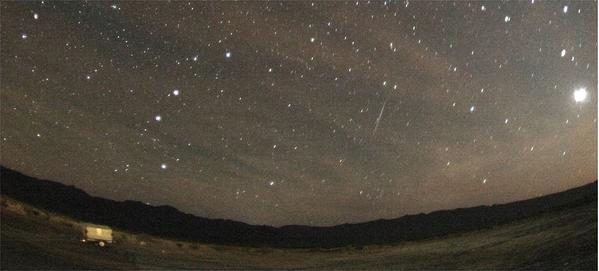 An Orionid meteor streaks across the sky in 2007.