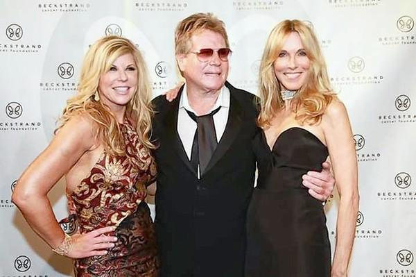 Lil Spitzer, Ryan O'Neal and Alana Stewart helped raise $1 million for Beckstrand Cancer Foundation.