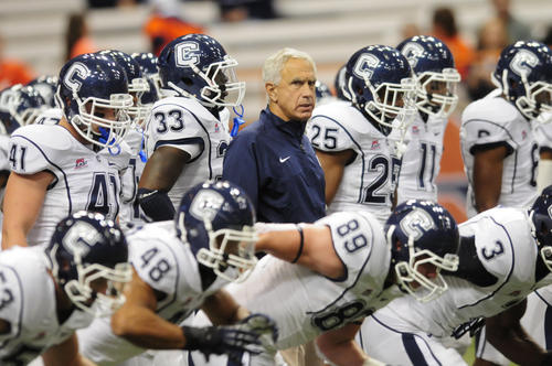 UConn coach Paul Pasqualoni led the Huskies against his former team, Syracuse, Friday night.