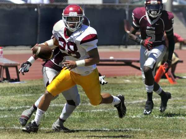 Glendale Community College running back Matt Lopez and the rest of the Vaqueors have a favorable matchup with Los Angeles Southwest this week.