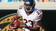 A quad injury sidelined <b>Devin Hester</b> on Thursday, but he was back on the practice field Friday as the Bears continued preparation for their game with the Lions on Monday night in Soldier Field.