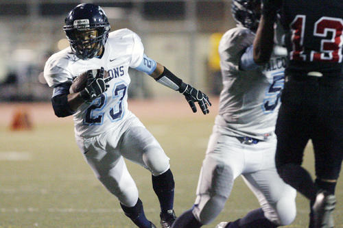 CV's Michael Soto runs with the ball during a game against Glendale at Glendale High School on Friday, October 19, 2012.