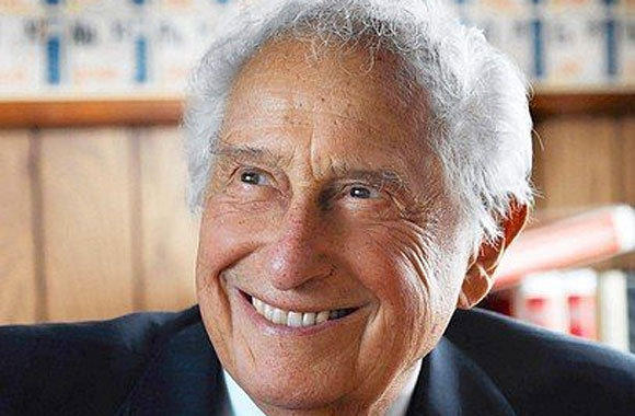 Self-taught scientist-inventor Stanford Ovshinsky developed the nickel-metal hydride battery technology used in hybrid cars and consumer products.