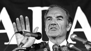 George McGovern dies at 90; liberal standard-bearer against Nixon in '72