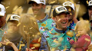 Kenseth wins at Kansas, Bowyer takes 6th
