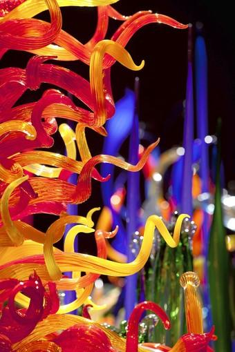 """This eye-grabbing """"Mille Fiori"""" by famed glass artist Dale Chihuly will be one of the works on view in a new exhibit at the Virginia Museum of Fine Arts, Richmond, through Feb. 10."""