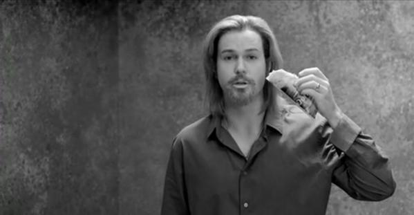 'SNL' cast member Taran Killam mocks the Chanel No. 5 ad starring Brad Pitt.