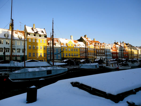 These photos were taken my last afternoon in Copenhagen after a wonderful four-month study abroad program in Denmark. All along the water in Nyhavn, stalls are decorated for Christmas and offer traditional Danish specialties such as aebleskiver and glogg. It had just snowed adding to the festive atmosphere.