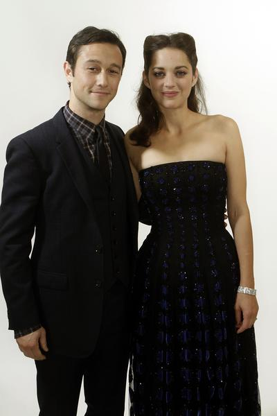 Joseph Gordon-Levitt and Marion Cotillard.