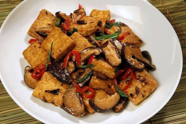 Vegetarian Hunan-style tofu.