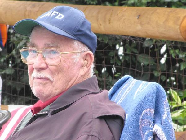ROBERT HOWE SR.s love of firefighting prompted several of his family members to follow his footsteps. Howe, 86 and a Manchester resident, died in September.