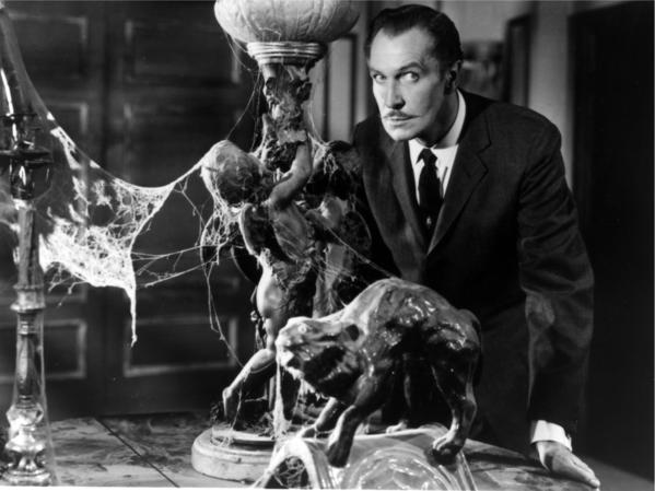 Vincent Price invited five people to stay the night in this haunted house, which is actually