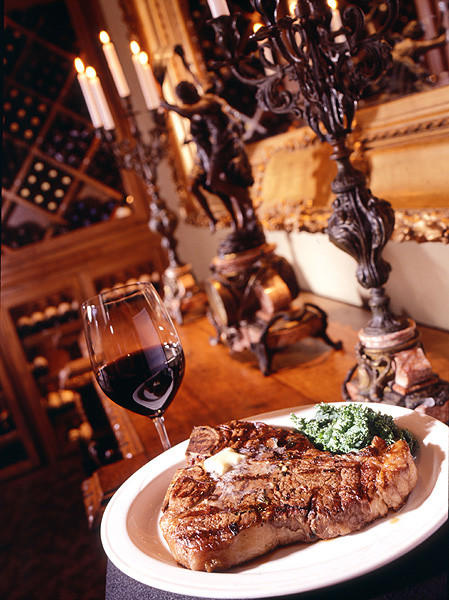 "Porterhouse T-bone at Vito's Chophouse on International Drive in Orlando.<br><br><a href=""http://findlocal.orlandosentinel.com/listings/vitos-chop-house-orlando"">Get venue details here</a>"