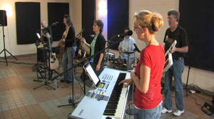 Contemporary Christian band reaches out to larger audience