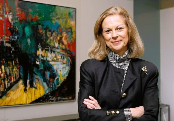 Christie Hefner buys Michigan Avenue condo