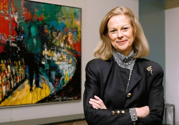 Former Playboy Enterprises Chairwoman and Chief Executive Officer Christie Hefner has paid $1.05 million for a six-room, 2,140-square-foot condominium unit in a high-rise on North Michigan Avenue. Full story