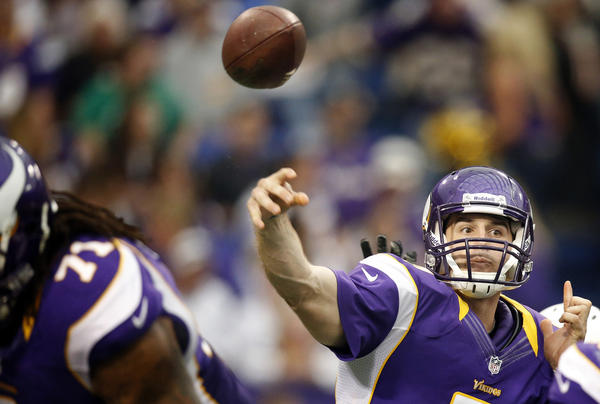 Minnesota Vikings quarterback Christian Ponder (7) attempted a pass in the fourth quarter against the Arizona Cardinals at the Mall of America Field Sunday, October 21, 2012 in Minneapolis, Minnesota. The Minnesota Vikings defeated the Arizona Cardinals, 21-14. (Carlos Gonzalez/Minneapolis Star Tribune/MCT)