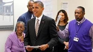 Obama casts early ballot in Chicago