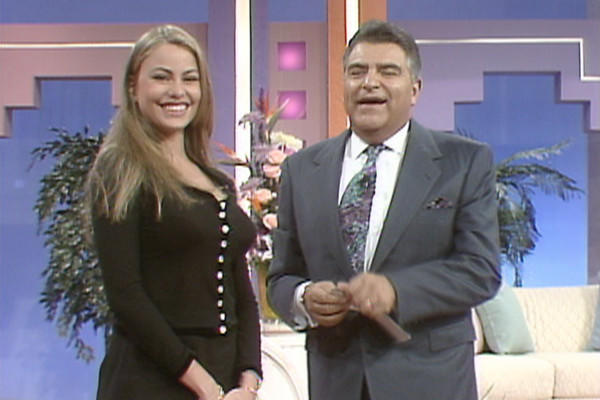 "Colombian actress -- and later, ""Modern Family"" star -- Sofia Vergara with Don Francisco on ""Sábado Gigante"" in 1995."
