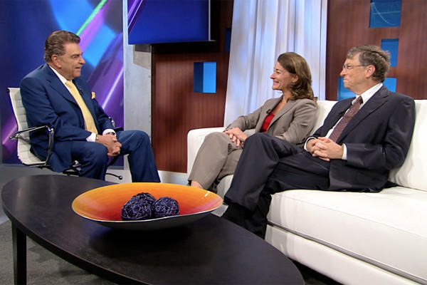 "Microsoft founder Bill Gates with Don Francisco on ""Sábado Gigante"" in 2011"
