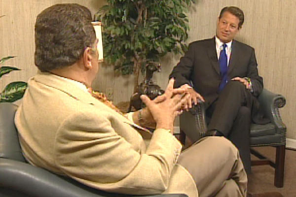 "Former vice president and presidential candidate Al Gore with Don Francisco on ""Sábado Gigante"" in 2000."