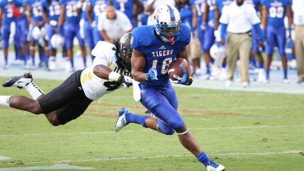 New Smyrna Beach product Telvin Hooks is just one of several Central Florida players, and one of 27 Florida players, on the Tennessee State roster this season. The Tigers are 7-1.