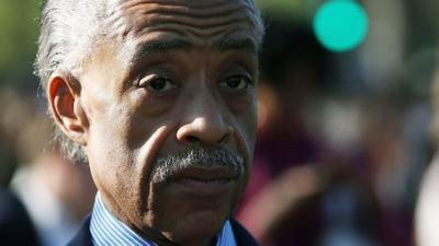 Sharpton helps rally early voters