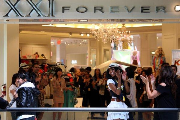 "Forever 21's store at the Beverly Center shows no signs of ""sweatshop-like conditions,"" but the U.S. Labor Department says that's what prevails at some of the clothier's vendors."