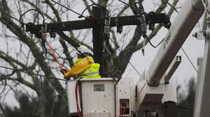 Power returning to parts of the region, but 186,000 BGE customers still out