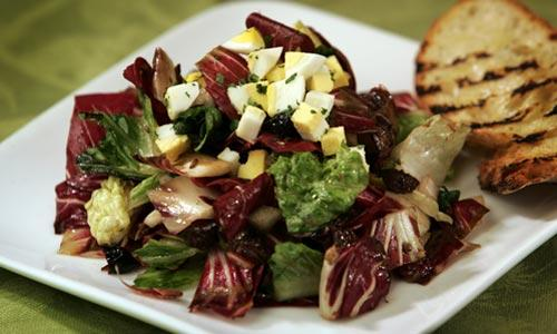 Grilled radicchio salad ( Stephen Osman / Los Angeles Times )
