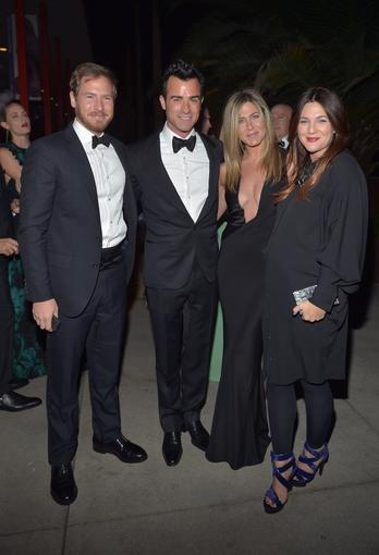 From left, art consultant Will Kopelman and actors Justin Theroux, Jennifer Aniston and Drew Barrymore.