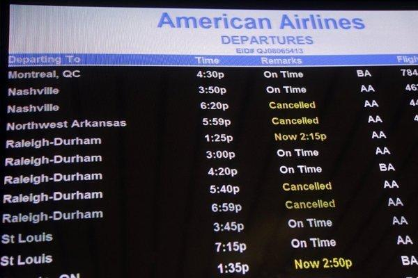 Super storm Sandy has canceled more than 16,000 flights.