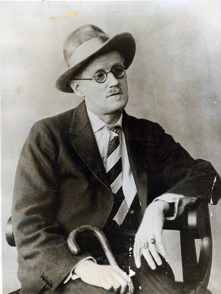 "James Joyce wrote the novella ""The Dead."""