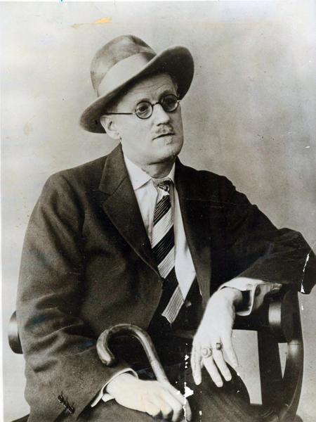 "James Joyce wrote the novella ""The Dead."""