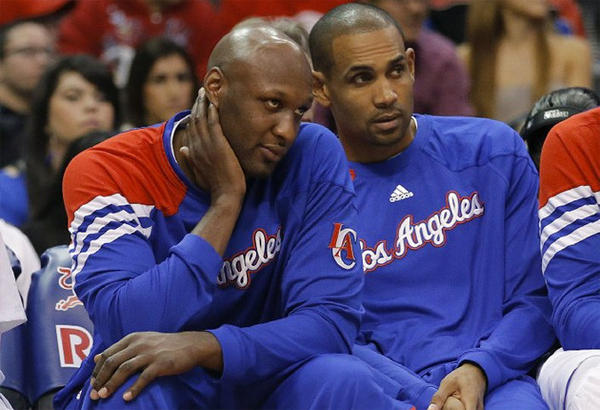 Lamar Odom, left, expects to play in the season opener despite missing the last two weeks with a bone bruise.