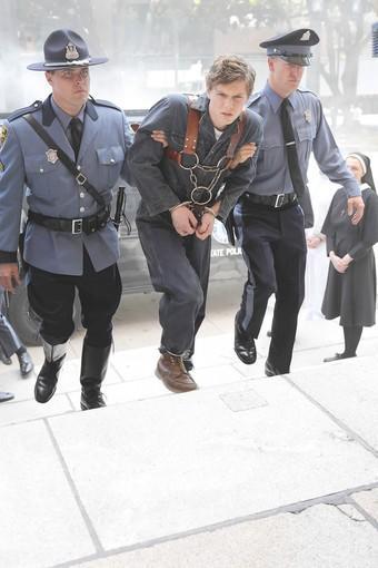 """Evan Peters as Kit in the Season 2 premiere of """"American Horror Story."""""""