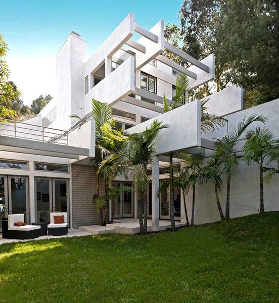"""""""Star Wars"""" actor Hayden Christensen has listed a house in Studio City for sale at $2.65 million."""