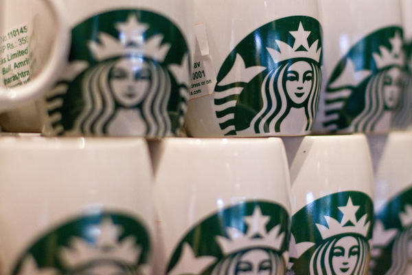 Starbucks plans more expansion in 2013.